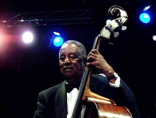 Ray Brown and The Whispers Tennessee Waltz Song